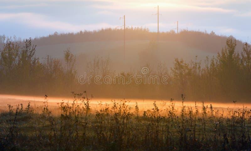 Paysage d'automne de pays de lever de soleil photographie stock