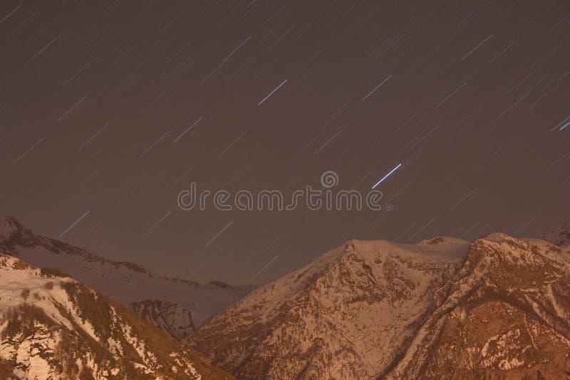 Paysage d'hiver d'Alpes images libres de droits
