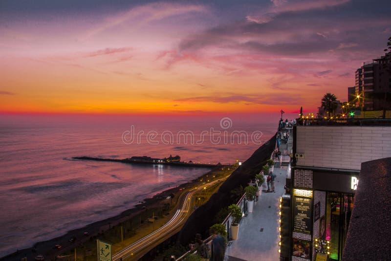 Paysage d'un coucher du soleil photo libre de droits