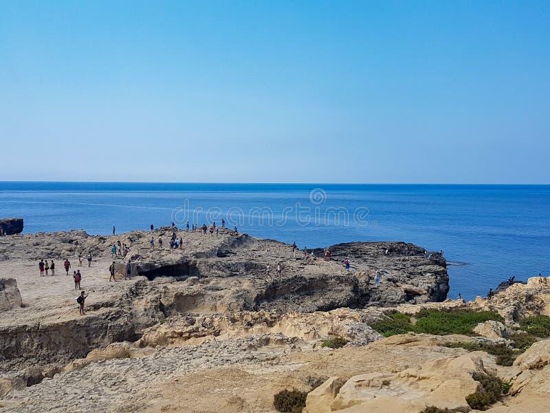 Paysage dans Gozo avec des personnes image libre de droits