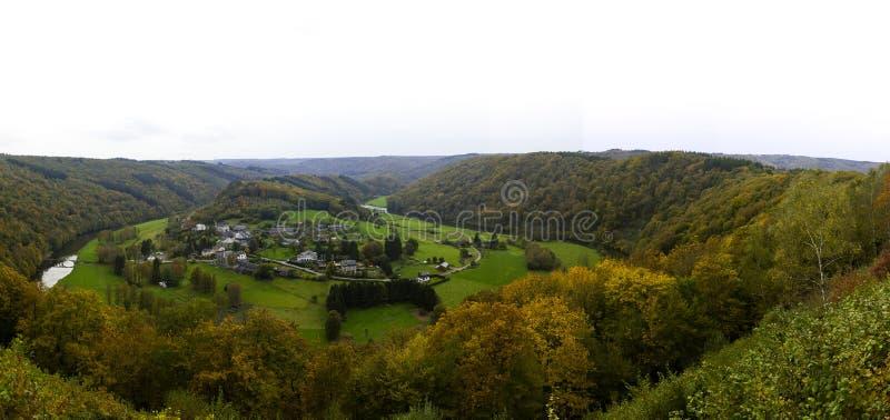 Paysage dans les Ardennes belges en automne images stock