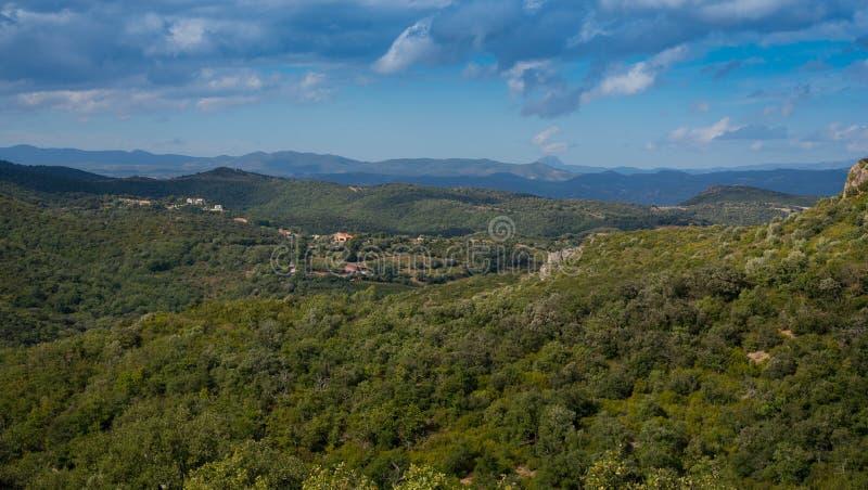 Paysage dans les montagnes de Pyrénées photographie stock
