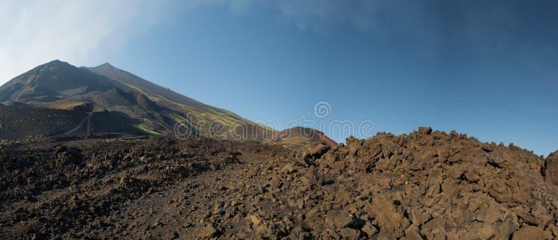 Paysage de caldeira de volcan de l'Etna photos libres de droits