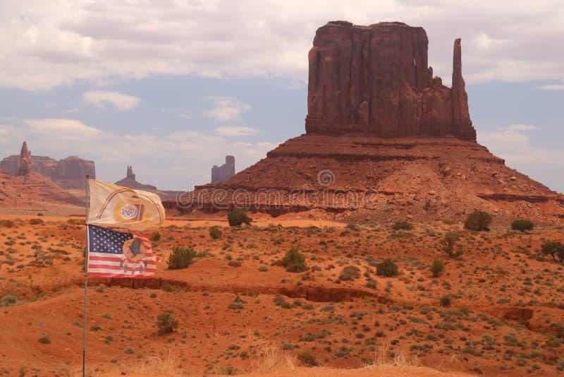 Paysage de d?sert en Arizona, vall?e de monument Color?, tourisme images stock