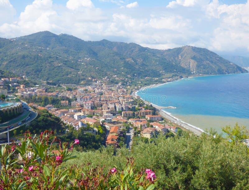 Paysage de Gioiosa Marea chez la Sicile photos libres de droits