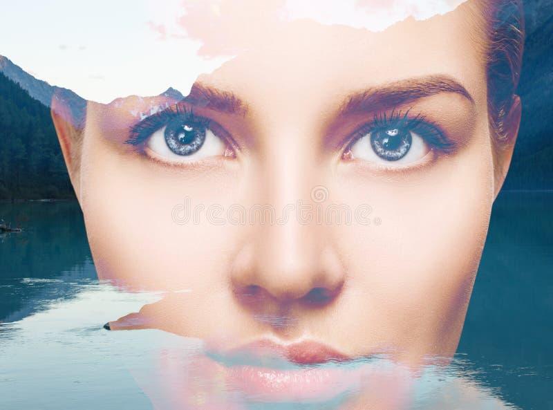 Paysage de jeune femme et de nature image libre de droits