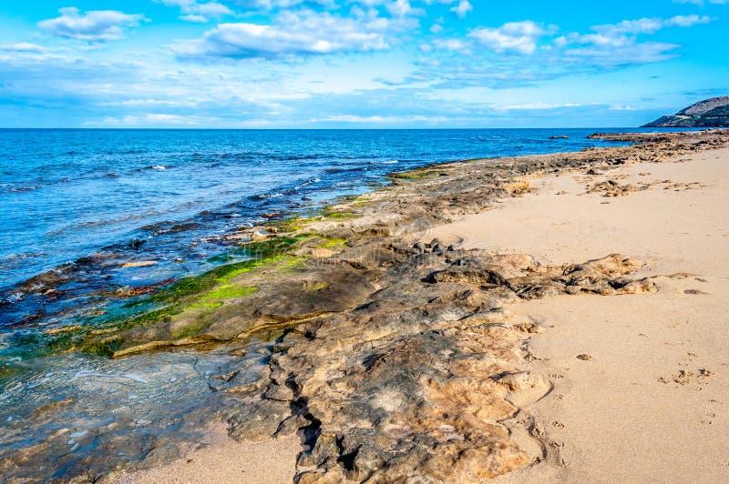 Paysage de la côte en hiver images stock