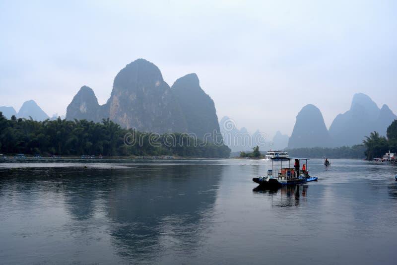 Paysage de la rivière Lijiang en hiver image stock