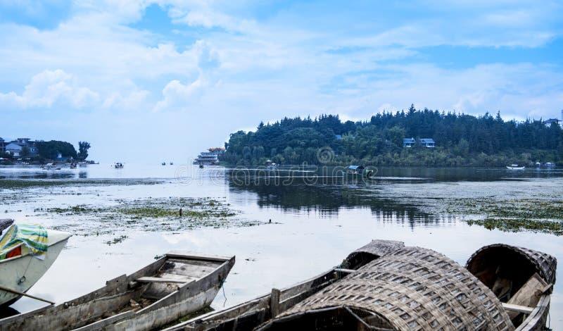 Paysage de lac d'erhai de Dali photographie stock libre de droits