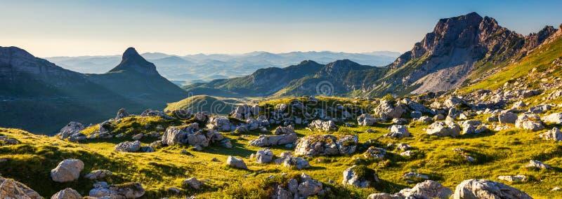 Paysage de montagne photo libre de droits