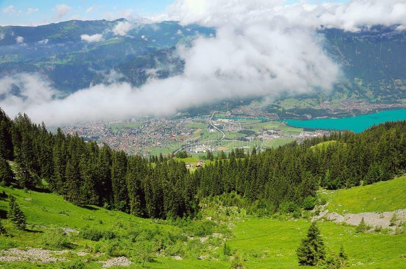 Paysage de montagne des Alpes suisses images libres de droits