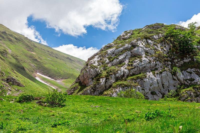 Paysage de montagne - montagnes de Sibillini image stock