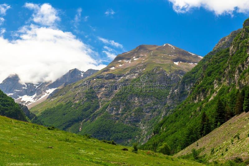 Paysage de montagne - montagnes de Sibillini images libres de droits