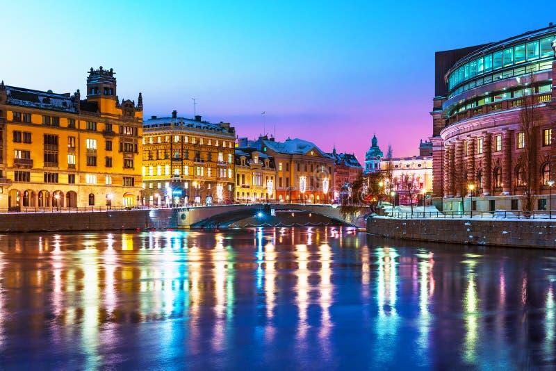 Paysage de nuit de l'hiver de Stockholm, Suède images libres de droits