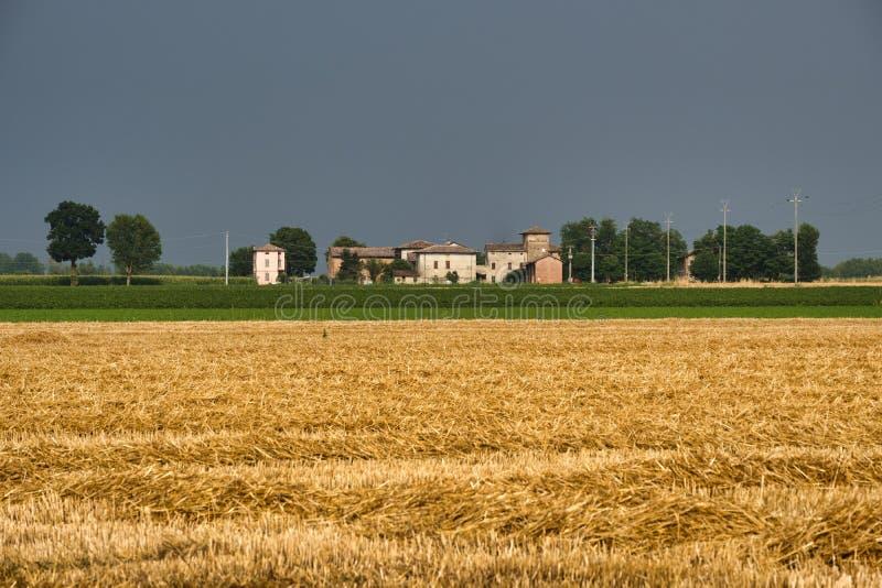 Paysage de pays près de Fiorenzuola Plaisance, Italie image libre de droits