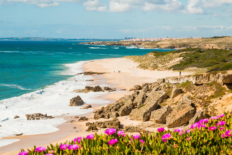 Exceptionnel Paysage De Plage De Porto Covo, Portugal Image stock - Image: 85189937 EZ59