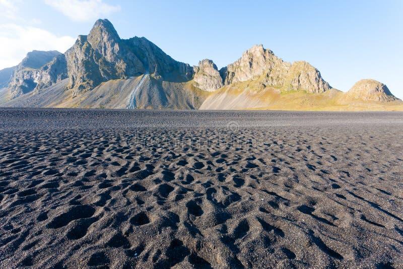 Paysage de plage de lave de Hvalnes, point de rep?re est de l'Islande photos libres de droits