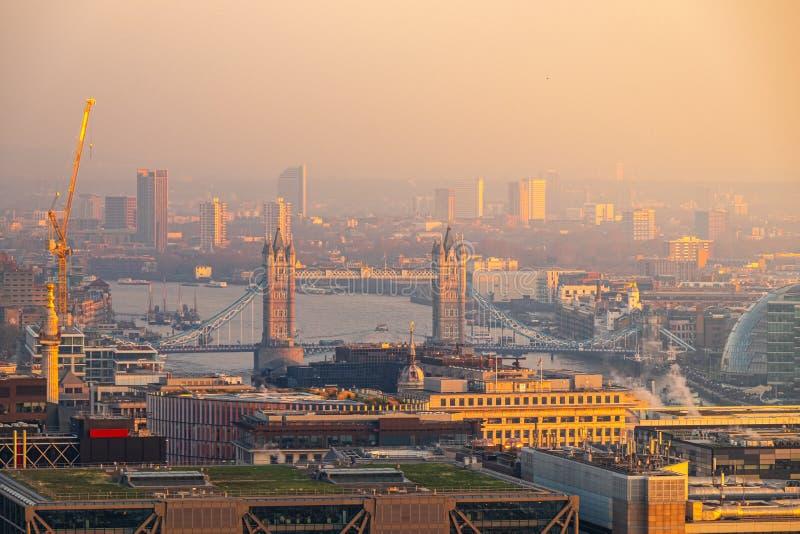 Paysage de pont de tour, Londres, Royaume-Uni images libres de droits