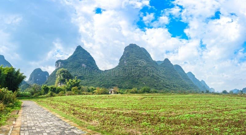 Paysage de rivière de Beautifu Yulong photo stock
