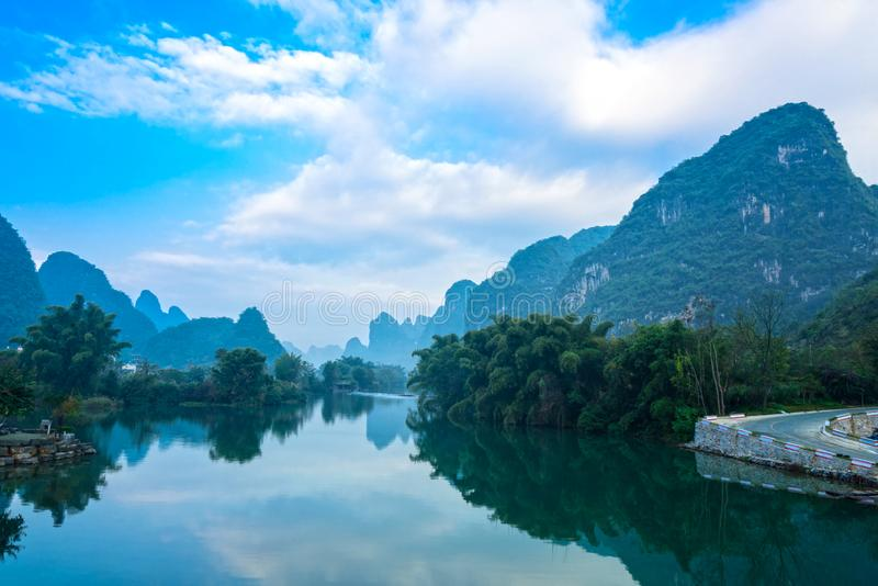 Paysage de rivière de Yulong images stock