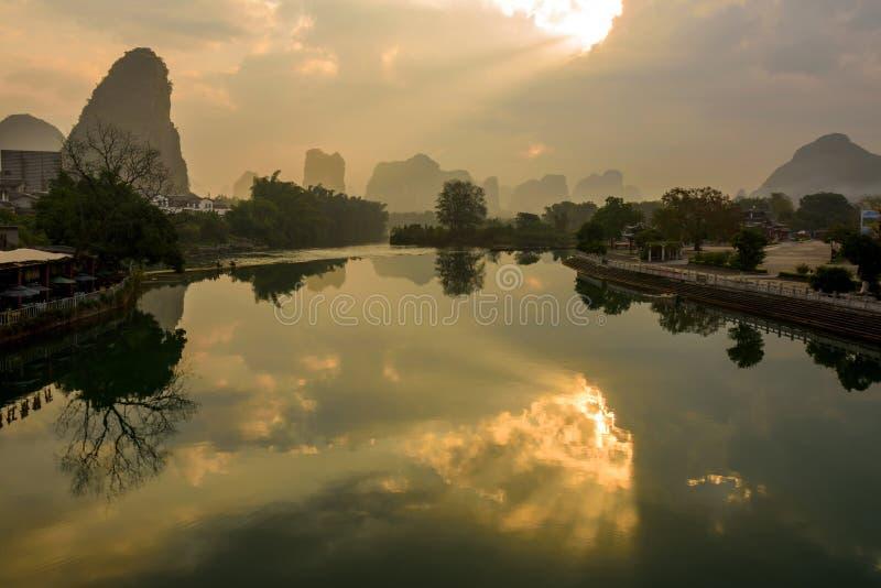 Paysage de rivière de Yulong photo libre de droits