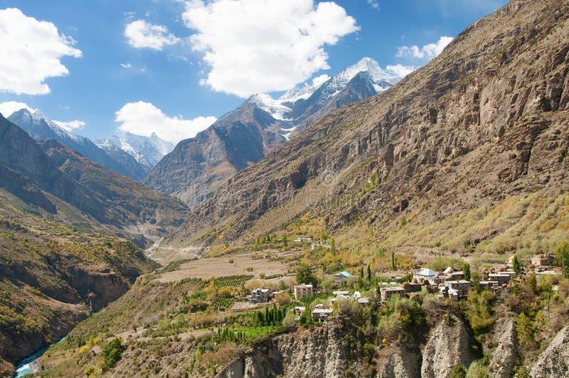 Paysage de route de Manali-Leh photos stock