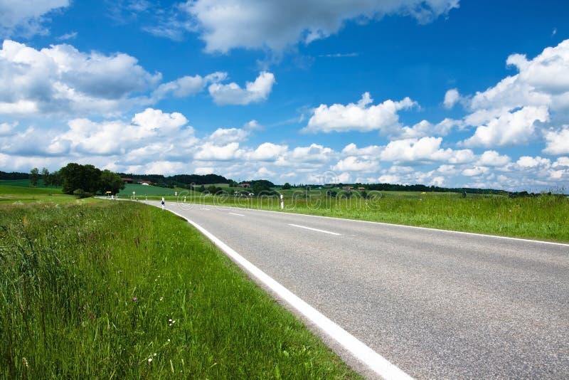 Paysage de source en Bavière photographie stock