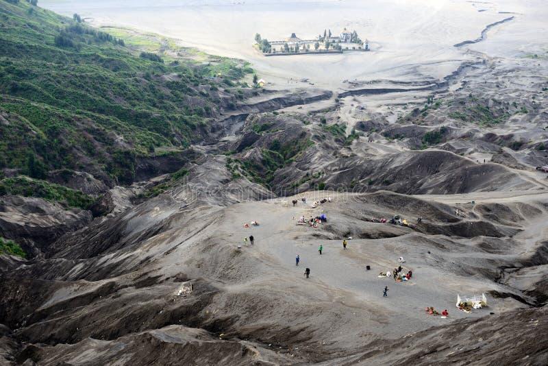 Paysage de temple de Candi Bentar en montagne de Bromo photos libres de droits