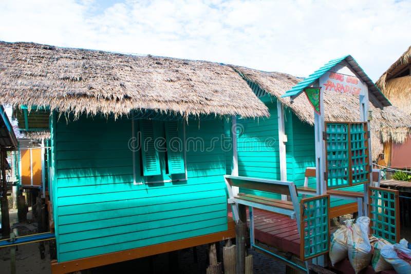 Paysage de village de pêche de bangbao de KOH de la Thaïlande images libres de droits
