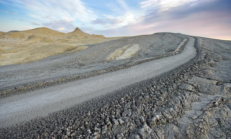 Paysage de volcan de boue photographie stock