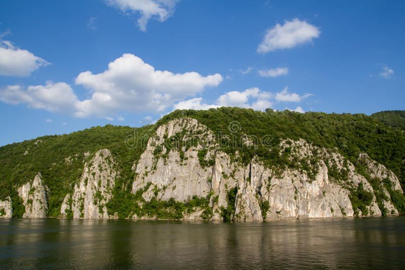 Paysage du rivage de Danube images libres de droits