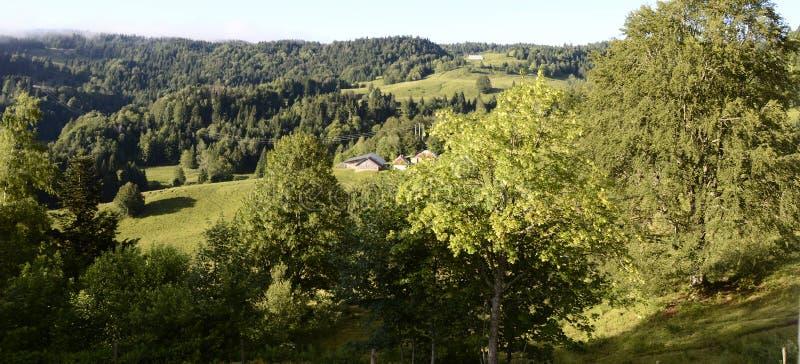 Paysage et montagnes de Revard en la Savoie, France photos stock