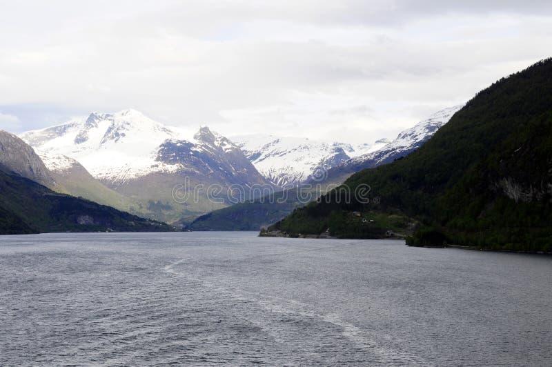 Paysage européen du nord, fjords norvégiens photographie stock