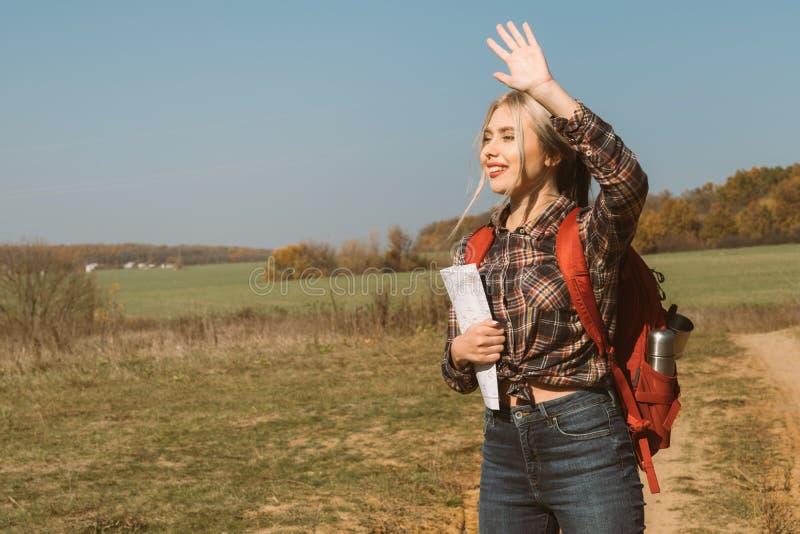 Paysage femelle de chute de guide touristique de voyage de pays photo stock