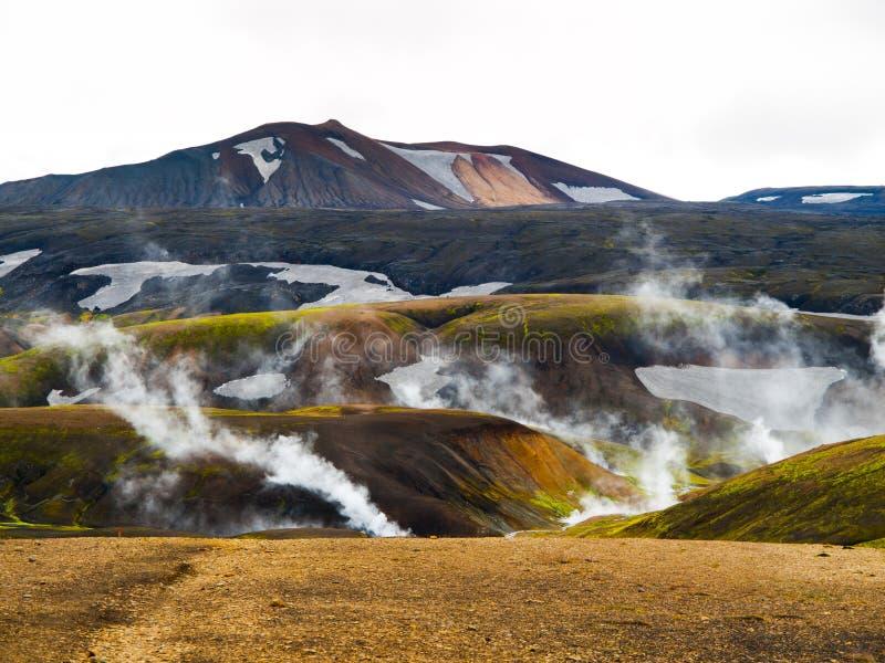 Paysage islandais et secteur géothermique près de Landmannalaugar photographie stock