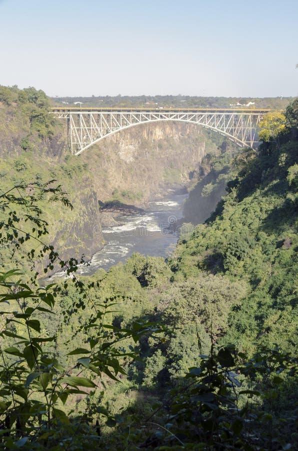 Paysage large de fond de vue de pont de Victoria Falls vers le Zimbabwe, Livingstone, Zambie images libres de droits