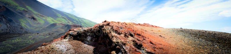 Paysage lunaire des côtés du mont Etna photo stock