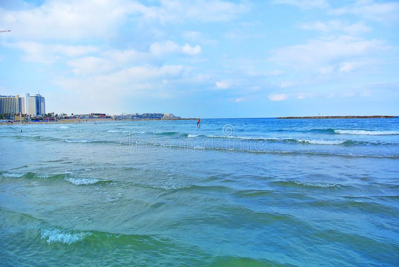 Paysage marin La mer Méditerranée La plage de Tel Aviv l'israel photo stock