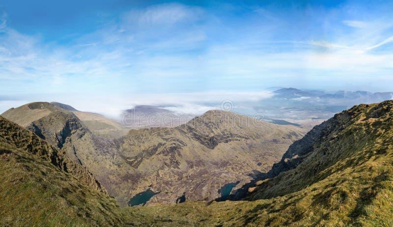 Paysage panoramique de Brandon Mount au printemps image stock