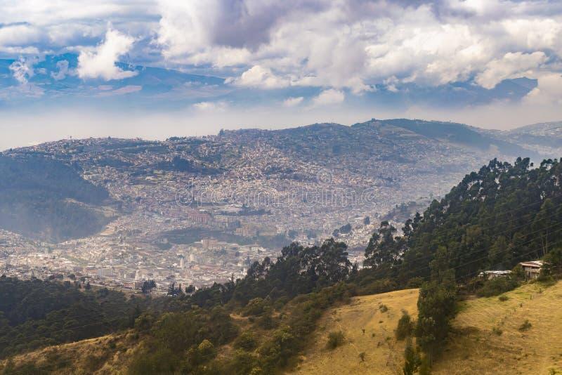 Paysage Quito Equateur de montagnes photos stock