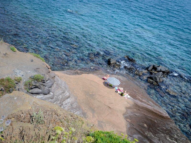 Paysage rocheux du littoral du cap d'Agde photo stock