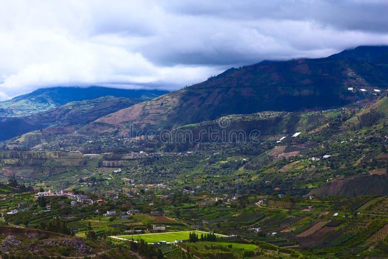 Paysage rural dans la province de Tungurahua, Equateur images stock