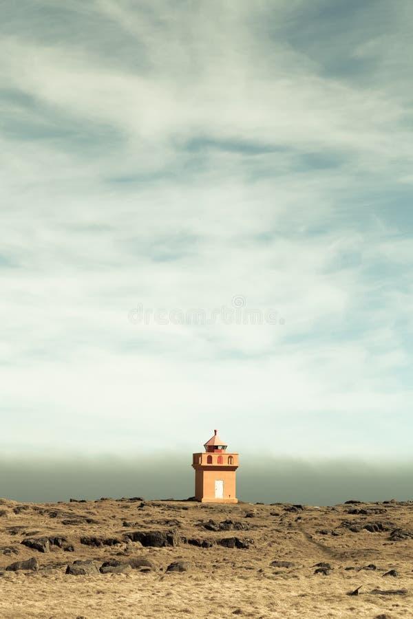 Paysage sauvage des fjords de l'Islande toned photo stock