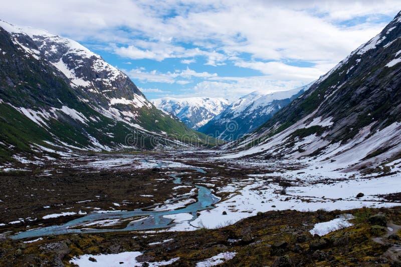 Paysage scénique de montagne de la Norvège photo stock