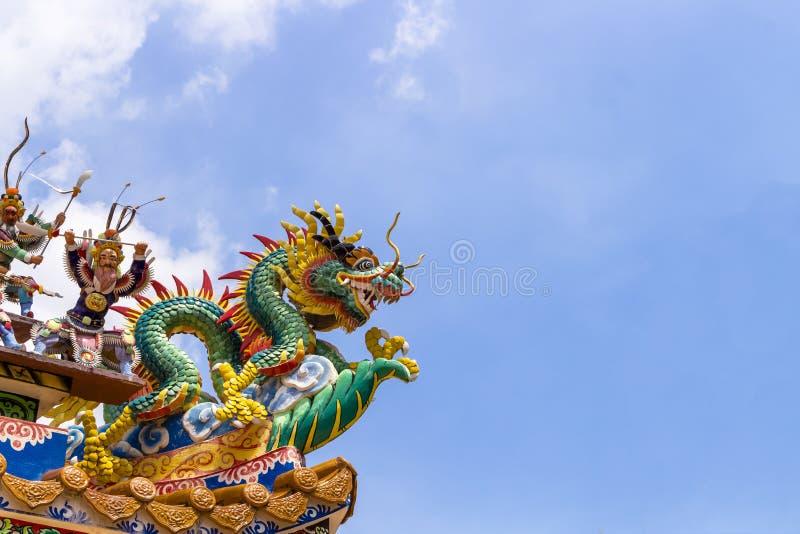Paysage, statue, dragon, dessus, fond de ciel, architecture, de Chinois images libres de droits