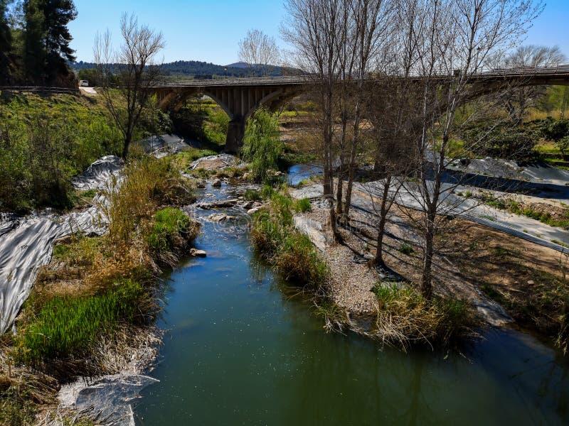 Paysage sur le lit de rivière image libre de droits