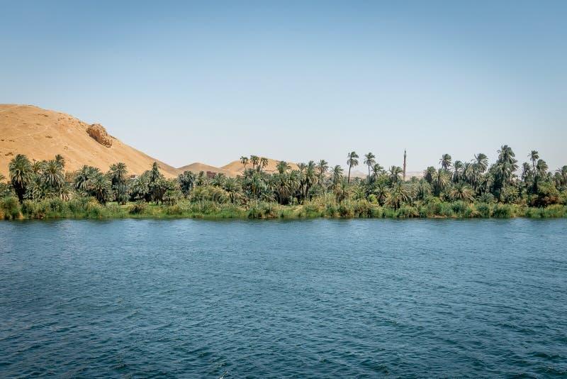 Paysage sur les banques du Nil ?gypte image libre de droits