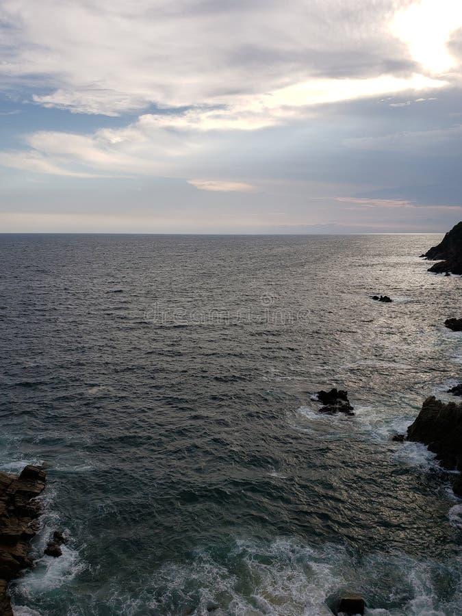 paysage tropical dans la région traditionnelle d'Acapulco, Mexique photographie stock libre de droits
