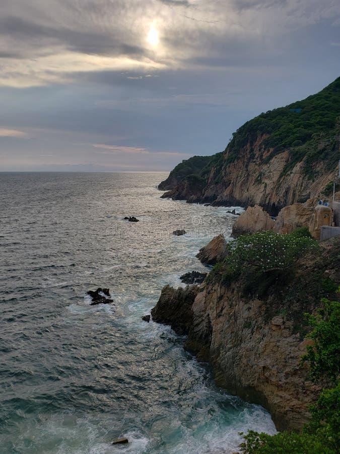paysage tropical dans la région traditionnelle d'Acapulco, Mexique photo libre de droits