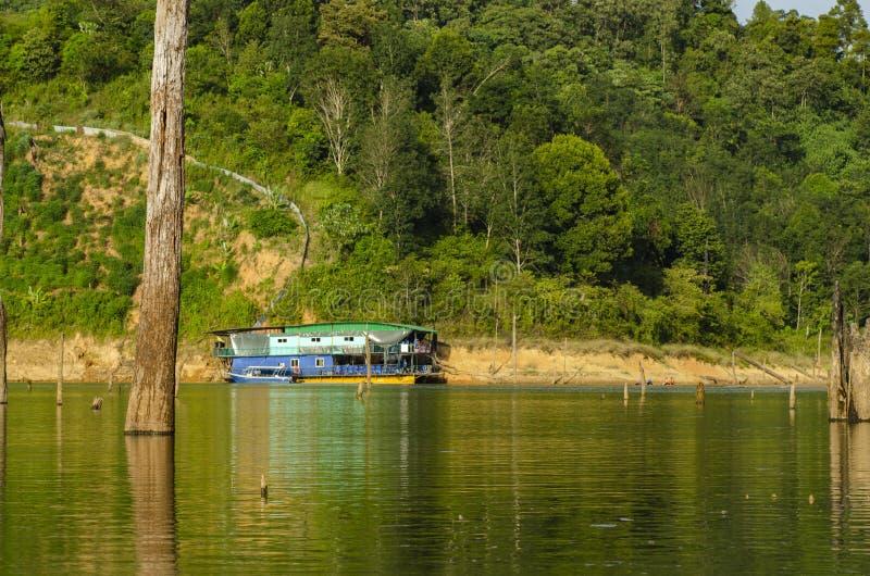 Paysage tropical de forêt tropicale du parc d'état royal de Belum situé dans Perak, Malaisie image libre de droits